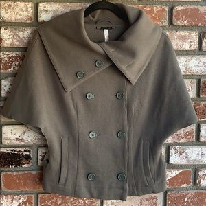 Free People green double breasted Capelete
